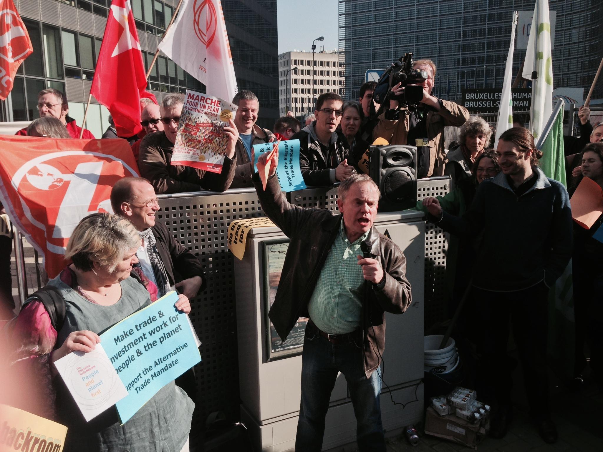 Attac var tilstede når sivilsamfunnet samlet seg i Brussel, i sitt arbeid mot TTIP-avtalen.